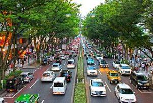 高速の渋滞の原因
